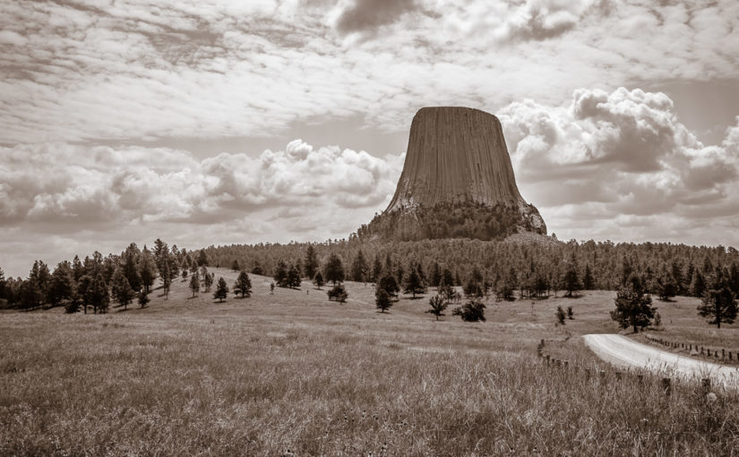 RealImaginaryWest Day 7 – Devils Tower, the Bighorns & Our First Rodeo